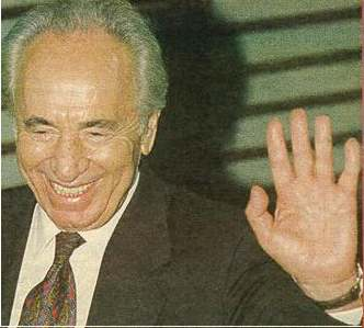 The left hand of Shimon Peres.